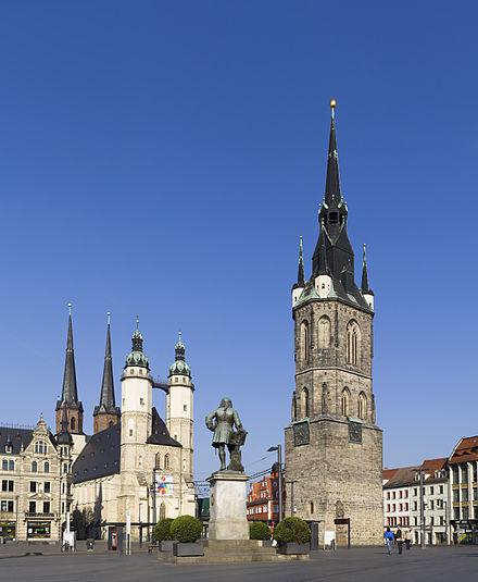 Halle - Marktplatz mit Marktkirche