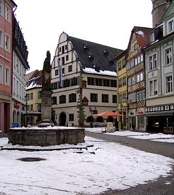 Kitzinger Marktplatz mit Rathaus