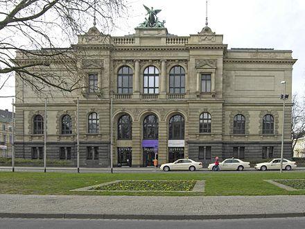 Krefeld - Kaiser-Wilhelm-Museum