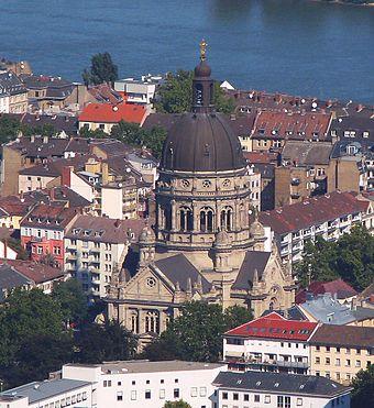 Luftbild der Christuskirche zu Mainz