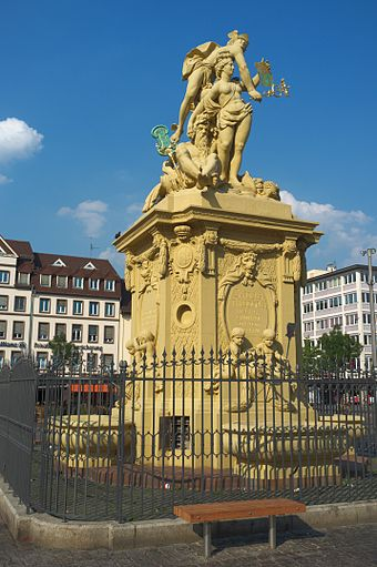 Mannheim - Brunnendenkmal von Peter van den Branden