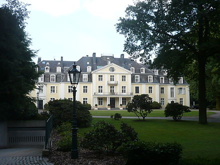Meerbusch Schloss Pesch