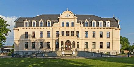 Nauen - Schloss im Ortsteil Ribbeck